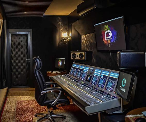 Calrec Artemis digital mixing console in R3 Estudio Movel 2